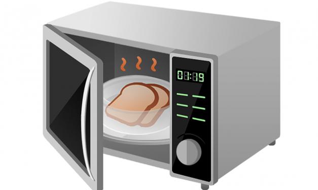 Zalety i wady korzystania z kuchenki mikrofalowej